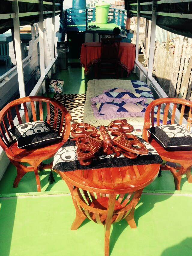 Enjoy Meals on the Top Deck of the Klotok. This is One of the Klotoks We Commonly Use on Our Tanjung Puting Orangutan Tours