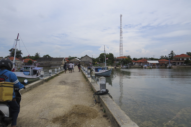 Tanjung Harbor on the way to Gili Labak
